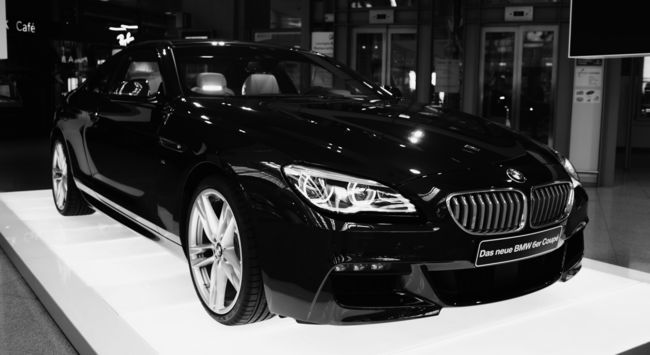 photo: 6 SERIES COUPE